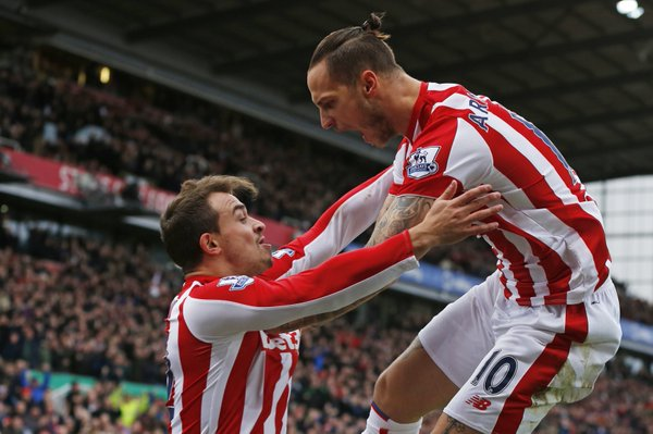 shaqiri-and-arnautovic-celebrate-vs-man-city-dec-2015