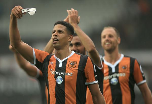 Curtis+Davies+Swansea+City+v+Hull+City+Premier+h7TJNGb5RV0l