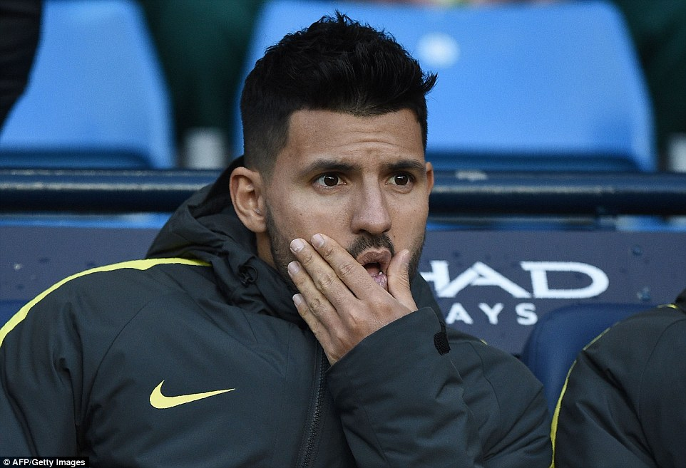 aguero-benched